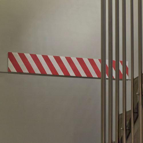 Ochranný penový pás  200 x 20 cm - červeno / biely