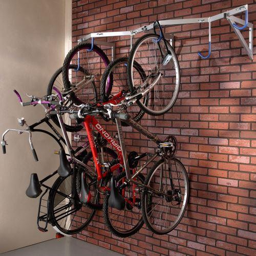Vešiak pre 6 bicyklov