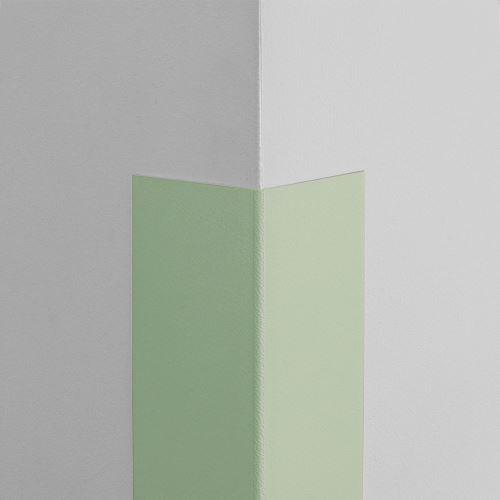 Plastová ochrana rohu LUX - SVETLOZELENÁ - samolepiaci - dĺžka 1,5 m