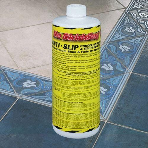Protišmykový podlahový prostriedok na dlažbu - NS01 0,94 l