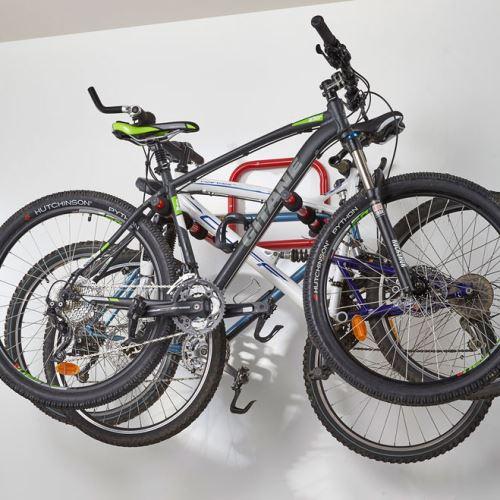 Držiak na stenu na bicykle - pre 3 bicykle